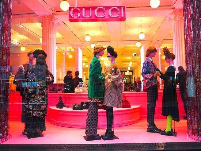 Ambiente: tutela animali selvatici e biodiversità l'impegno di Gucci